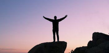 जानिये ऐसी 8 चीजें जो सफल व्यक्ति कभी नहीं करते!