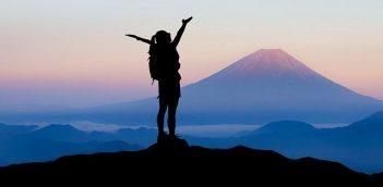 किस्मत पे  क्यूँ अड़े हो… Motivational Poem in Hindi